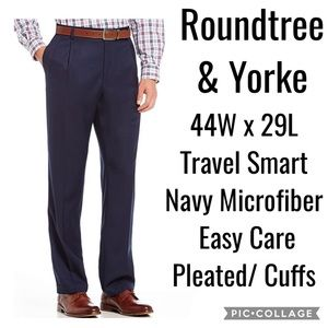 44- Roundtree & Yorke TravelSmart  Dress Pants